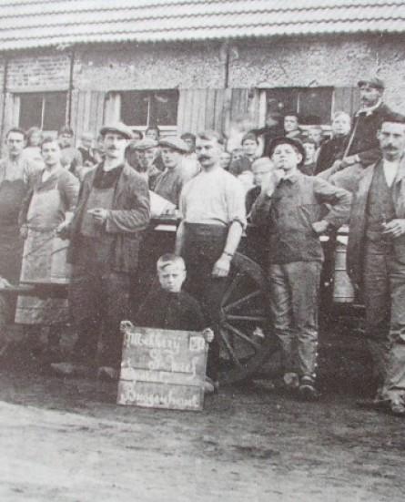 In bedrijf... Nieuwe publicatie beschrijft industrieel verleden van Buggenhout