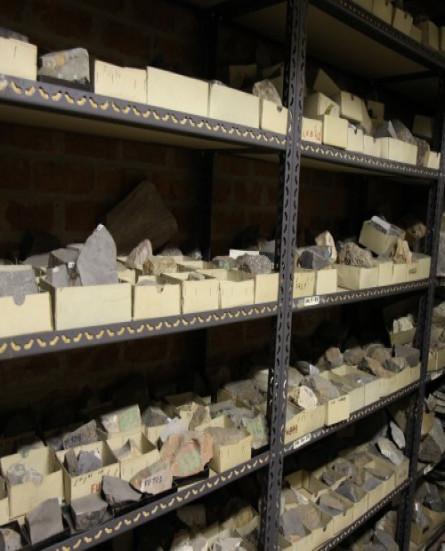 Uit de kennisbank: collectie mineralen en gesteenten van de UGent